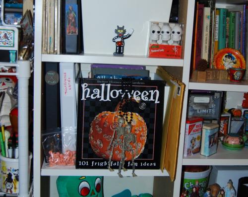 Better homes & gardens halloween book