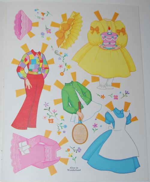 Alice in wonderland paperdolls 1