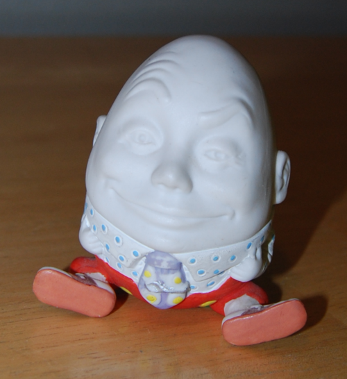 Humpty dumpty ceramic
