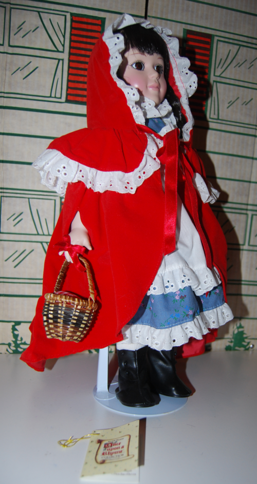 Little red riding hood porcelain doll 2