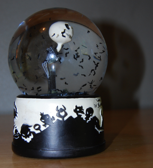 Nightmare before christmas globe side