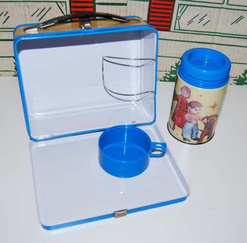 Davey & goliath lunchbox 2