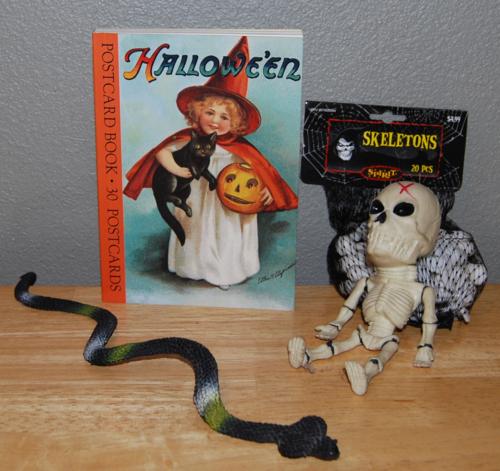 Halloween postcards 2