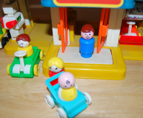 Fisher price little mart 2