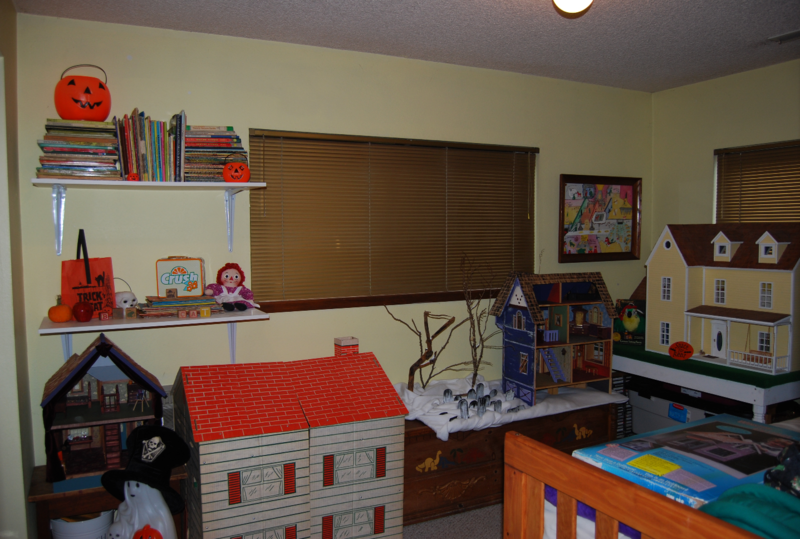 Ghost toy room 2