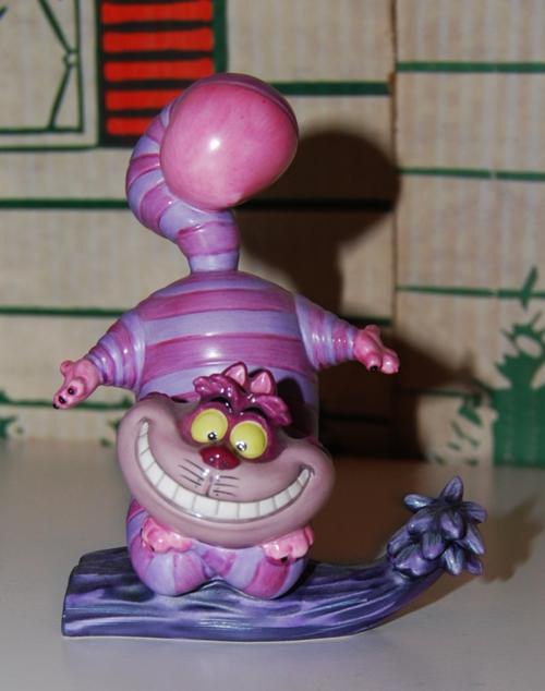 Cheshire cat disney sculpture 3