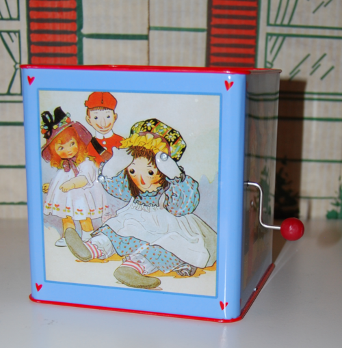Schylling tin musical raggedy ann in the box