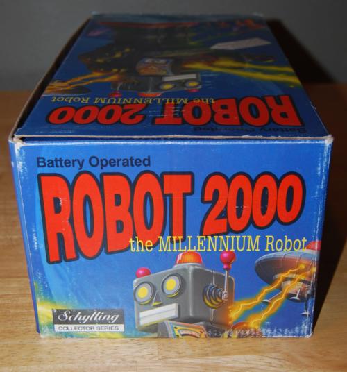 Robot 2000 box 3