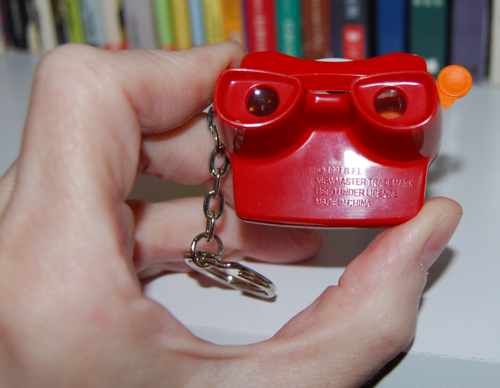 Mini viewmaster keychain 9