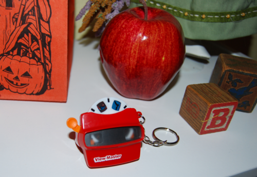 Mini viewmaster keychain