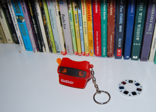 Mini viewmaster keychain 7