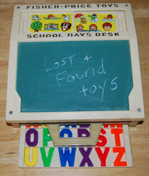Fisher price school days desk 2