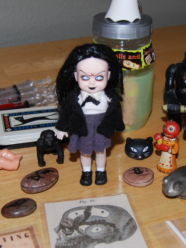 flashback friday favorite ~ living dead dolls