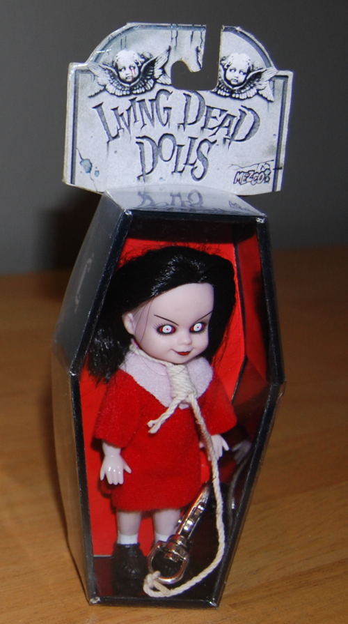 Living dead dolls red 3