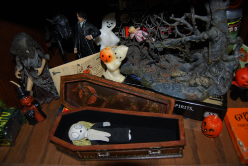 Lenore in coffin