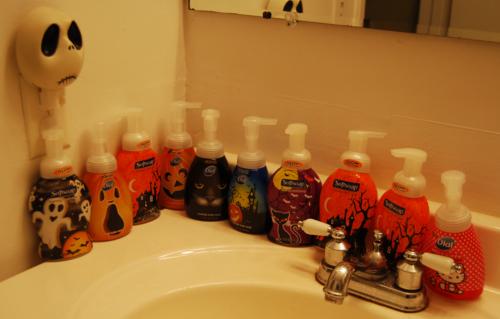 Halloween soapbottles