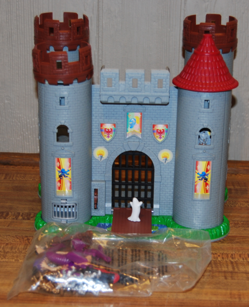 Toy Castles For Little Boys : Toy castles lost found vintage toys