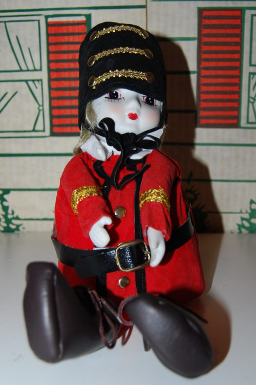 Vintage musical marching band doll 6