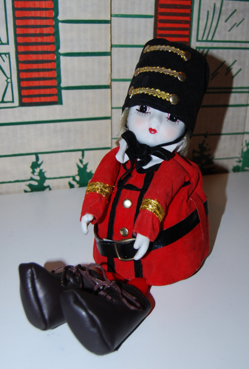 Vintage musical marching band doll 2