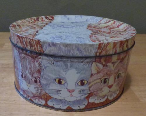 3 cats tin