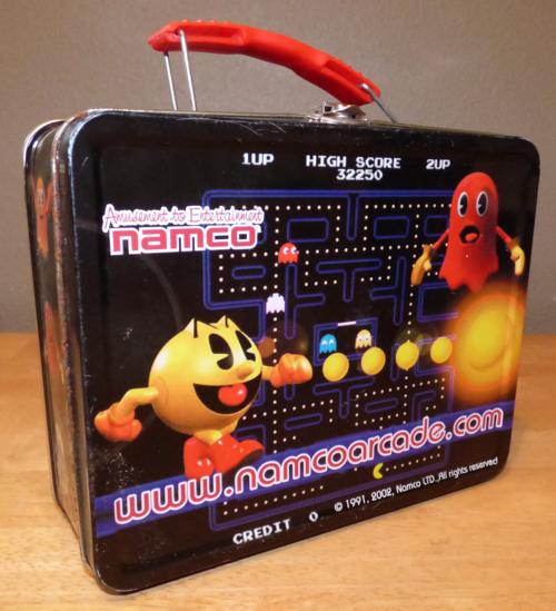 Pacman tin lunchbox