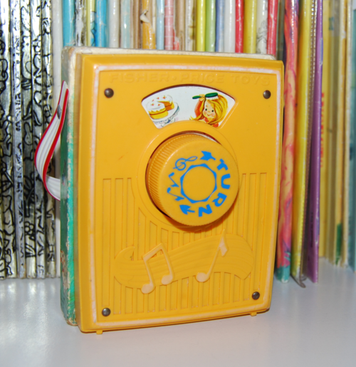 Fisher price pocket radio mullberry bush