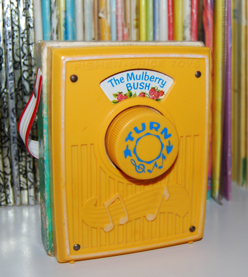 Fisher price pocket radio mullberry bush x