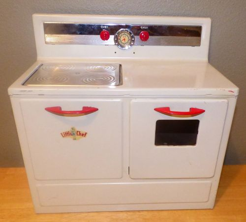 Little chef vintage toy tin stove 2