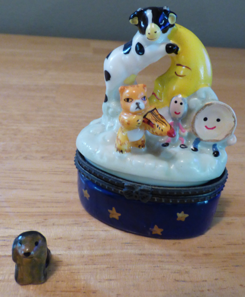 Hey diddle diddle ceramic box
