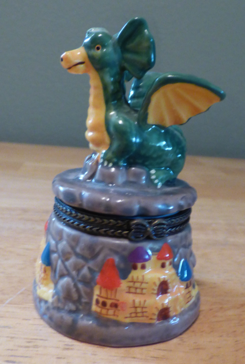 Ceramic dragon pillbox 1