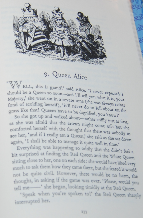 Alice in wonderland weekly reader classics 7