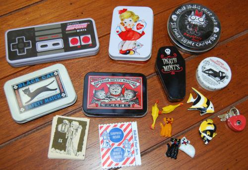 Tiny tins for tiny things