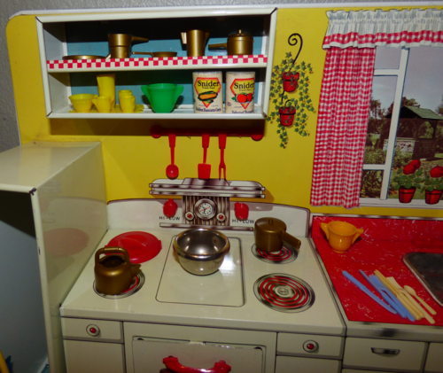 Marx pretty maid modern kitchen 14