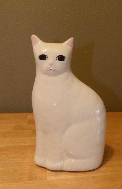White kitty