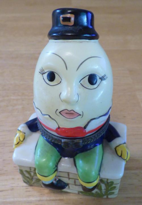 Humpty dumpty ceramic box x