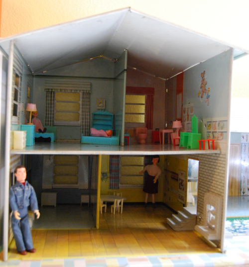 Living in a tin house 1