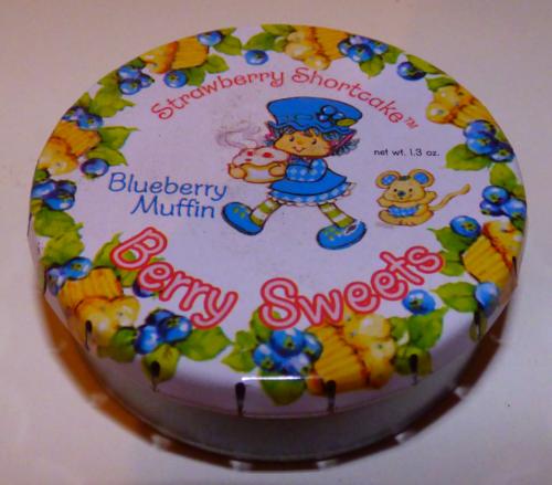 Strawberry shortcake tin