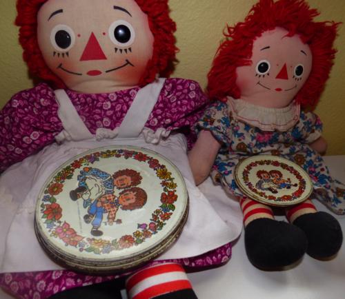 Vintage tin raggedy ann & andy plates 4