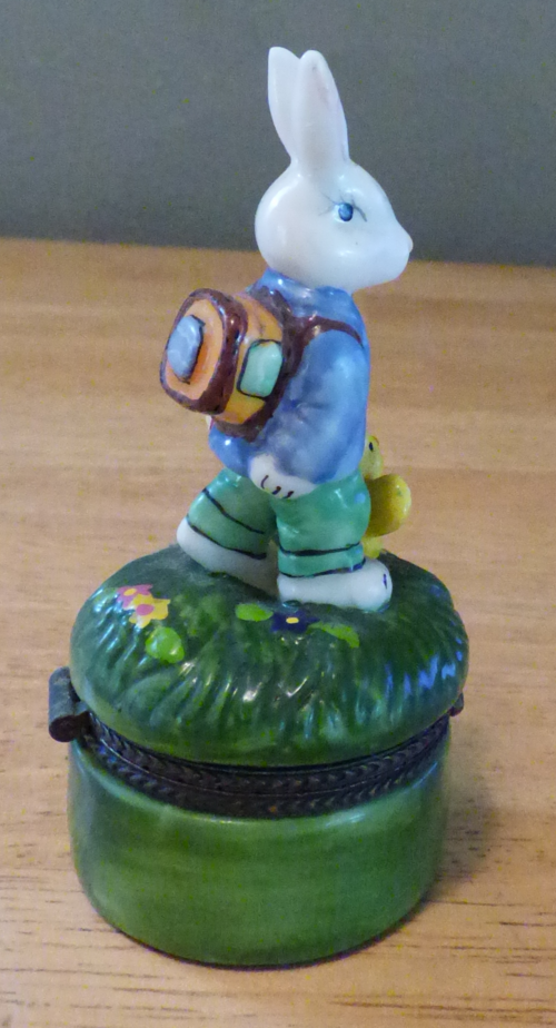 Easter bunny ceramic box 2