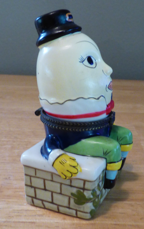 Humpty dumpty ceramic box 1