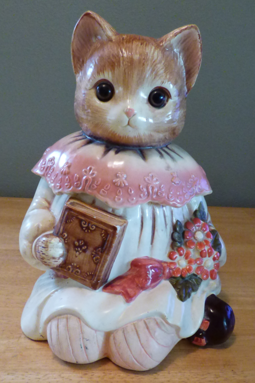 Vintage kitty cookie jar