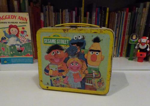 Vintage tin sesame street lunchbox