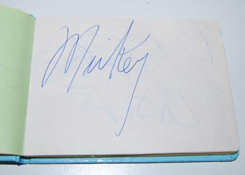 Vintage disney world autographs 4
