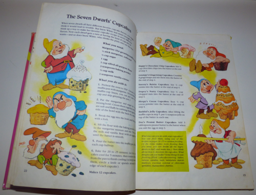 Walt disney's mickey mouse cook book6