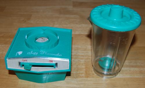 Suzy homemaker blender toy 7