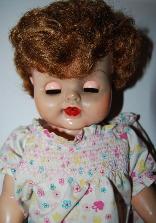 Dee doll