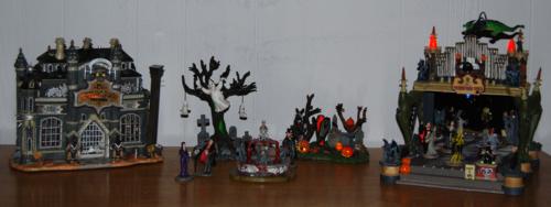 Lemax spookytown 1