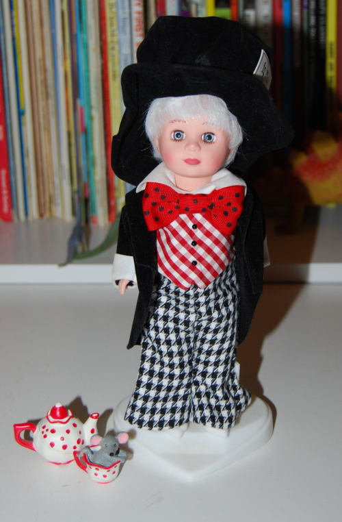 Madam alexander mad hatter doll x