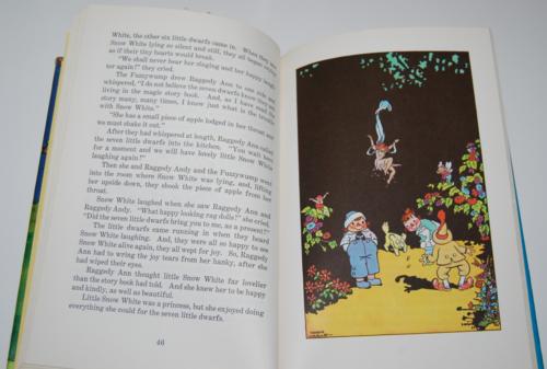 Raggedy ann in the magic book 7