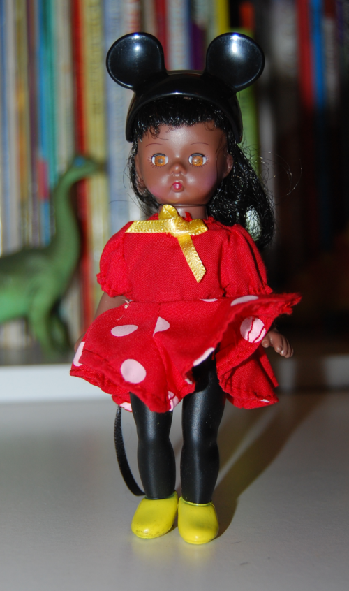 Madame alexander doll mcd 1